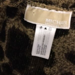 Micheal Kors Leopard Infinity Scarf